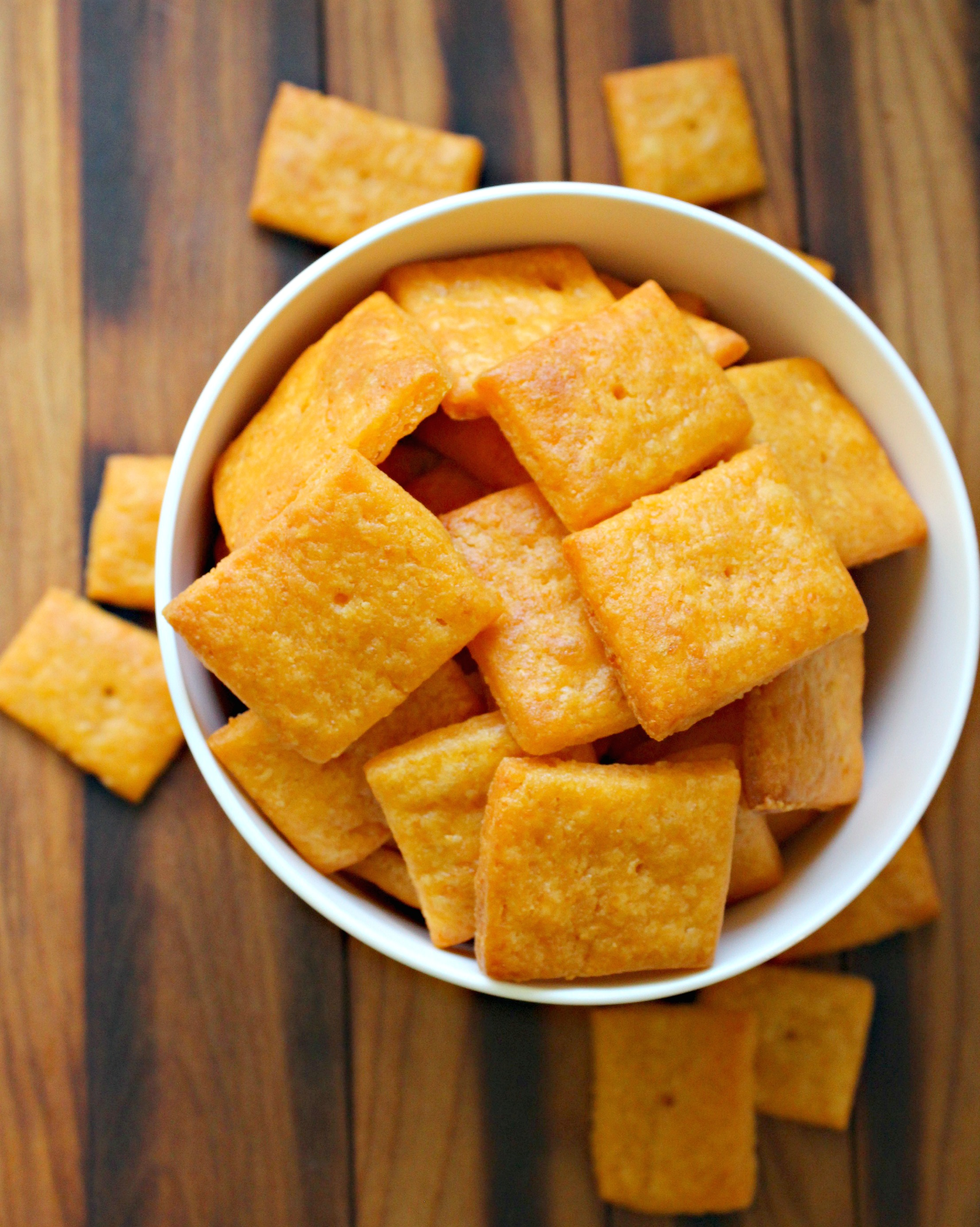 Buffalo Cheddar Crackers 4