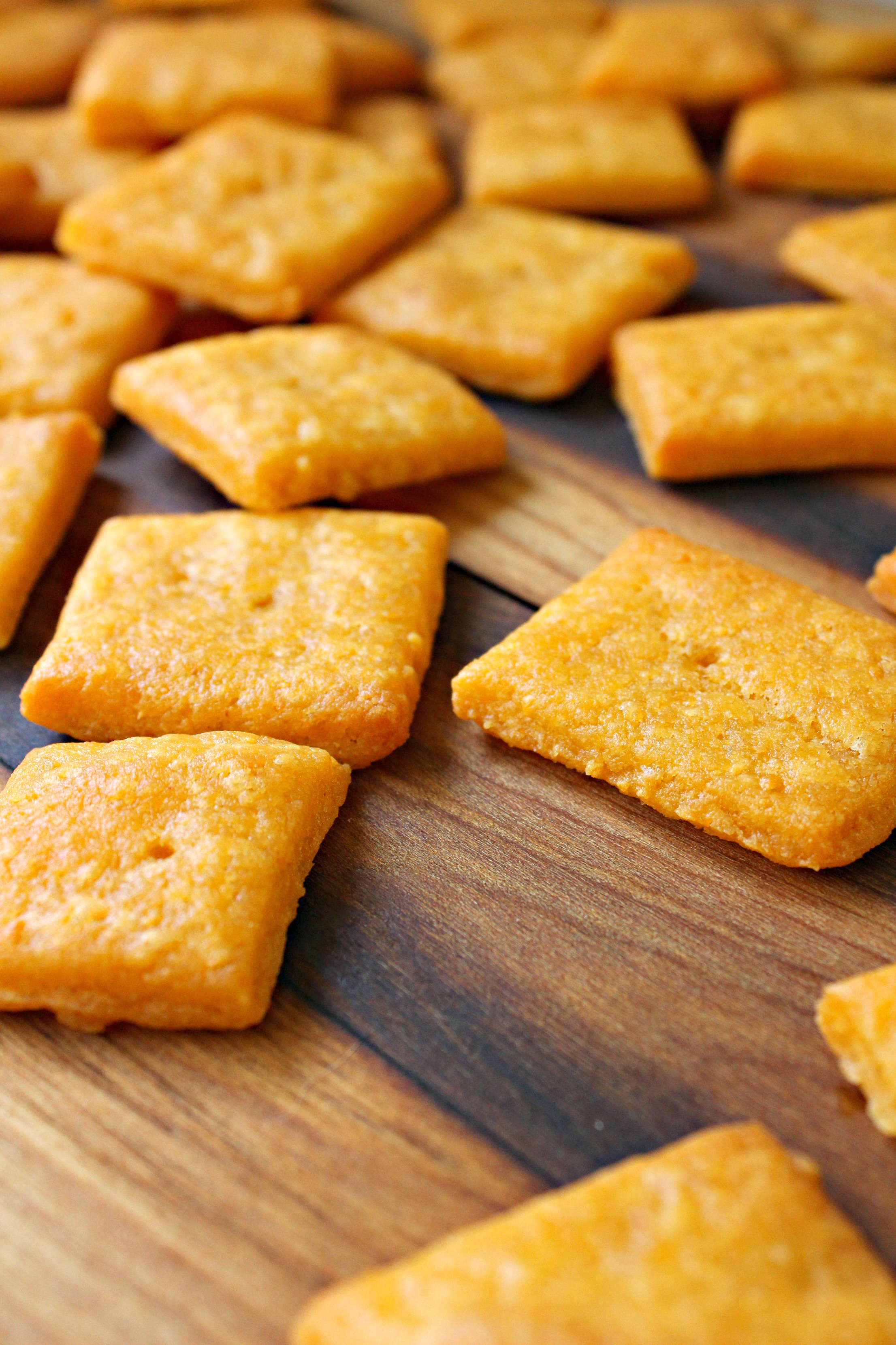 buffalo cheddar crackers 2